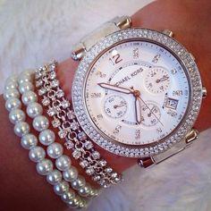 Image via We Heart It https://weheartit.com/entry/97697922 #bracelet #cute #fashion #girl #inspiration #inspire #inspo #jewelry #love #MichaelKors #silver #watch