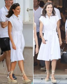 Queen Letizia looks stunning in white dress costing just from Spanish designer Fashion Idol, Estilo Fashion, Look Fashion, Daily Fashion, Classic Outfits, Chic Outfits, Daytime Dresses, Queen Letizia, Wedding Dress Sleeves