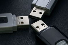 10 things you should never buy again 6. Memory sticks and thumb drives