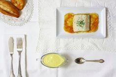 Cómo hacer bacalao confitado en crock pot o slow cooker. Receta paso a paso. Descubre esta y otras recetas de pescados en olla de cocción lenta.