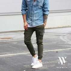 Great photo of our friend @juleswearsit #menwithstreetstyle