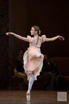 ballet ballerina etoile Paris Opera Ballet onegin ludmila pagliero myriam ould-braham neverending onegin spam