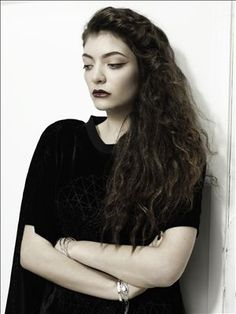 Lorde, you truly belong in my heart. I don't obsess over artists but Lorde, I sorta worship her.