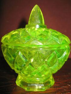 Vaseline Glass Diamond Pattern Candy Dish Uranium Sugar Bowl