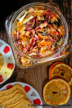 Homemade tea blend with citrus, berries, apples, roses and white tea is an invigorating infusion of sweet fruity flavors and the lively taste of antioxidant rich white tea. It is a quick and easy to make gluten free tea beverage. Suitable for vegan, veget Low Carb Diets, Come Reza Ama, Tea Recipes, Cooking Recipes, Homemade Tea, Best Tea, Tea Blends, How To Make Tea, Back To Nature