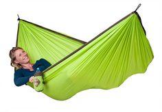 Cestovní houpací síť La Siesta Colibri - green :: Ekupectví - Vaše kupectví online Turquoise, Simple, Hammock, Outdoor Gear, Tent, Outdoor Furniture, Home Decor, Facebook, Green