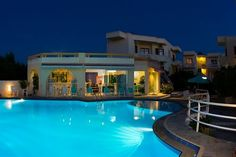 Agia Marina Beach, Find Hotels, Crete, Greek Islands, Tourism, Restaurant, Mansions, House Styles, Turismo