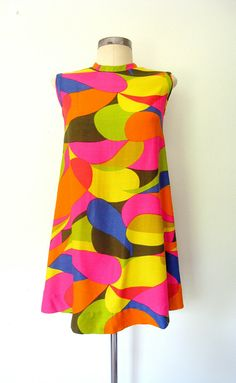 1960s BRIGHT OP ART Mod Mini Dress