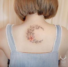 40+ Beautifully Designed Tattoos for Women