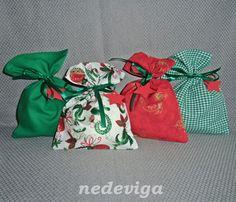 Deko und Accessoires für Weihnachten: Adventskalender 24 Stoffsäckchen Christbaum-Kugeln made by nedeviga via DaWanda.com