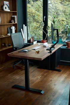 Home Office Setup, Home Office Design, House Design, Office Desks, Sit Stand Desk, Room Setup, Desk Setup, Desk Shelves, Office Interiors