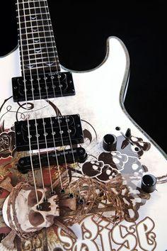 Dean Guitars Vendetta Resurrection bass guitar