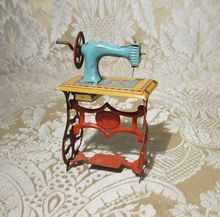 Miniature Sewing Machine Tin Penny Toy - Antique