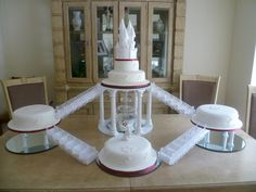 Castle Cake by Truly Scrumptious, Wedding & Events, Peterborough.  www.truly-scrumptious-events.co.uk