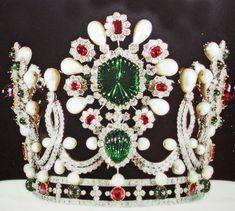 Coronation Crown of Empress Farah. Crown Jewels of Iran