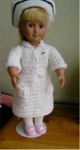 Free crochet pattern for an 18 inch doll or American Girl Doll.Free crochet pattern for an 18 inch doll or American Girl Doll. This will make a nice sweater in any color! American Girl Outfits, American Doll Clothes, Ag Doll Clothes, Crochet Doll Clothes, Knitted Dolls, Doll Clothes Patterns, Crochet Dolls, Doll Patterns, American Girls
