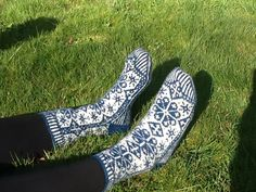 Ravelry: Snowflake Socks by Ellen Wixted