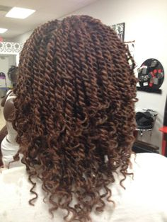 kinky twists with marley hair - Google Search   kinky twists, marley hair, braid hairstyles http://www.shorthaircutsforblackwomen.com/bentonite-clay-for-hair/