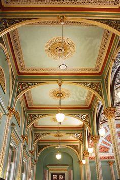 artnlight: Bhau Daji Lad Museum, Mumbai