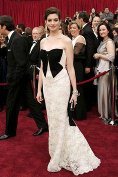 Anne Hathaway - 2007 Oscars