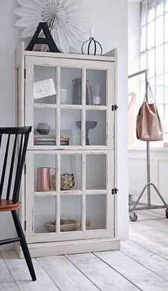 Hjem Sweet Home: med skærme - Plumetis Magazine Interior, Home, Home Furniture, House Styles, Living Room Interior, Home Deco, Home Diy, Furniture Makeover, Interior Design