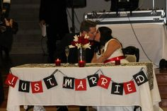 very cute reception table