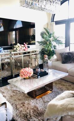 New Borghese Mirrored Buffet / Credenza for Sale in Irvine, CA Glam Living Room, Living Room Sets, Living Room Designs, Living Room Decor, Living Spaces, Bedroom Decor, First Apartment Decorating, Living Room Inspiration, Apartment Living