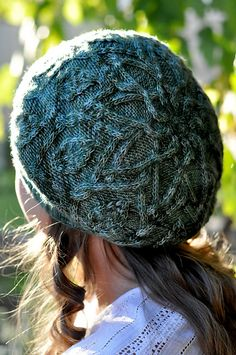 Ravelry: Dancing Leaves Hat pattern by Pelykh Natalie