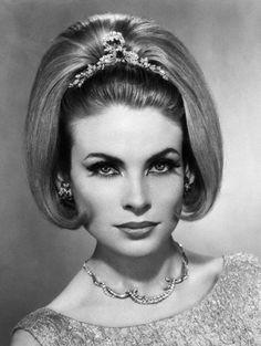 coiffure au carre alexandre de paris 1963
