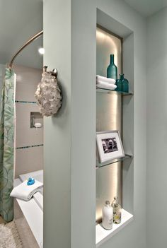 Green-grey-beige paint color for the bathroom. Greeige?