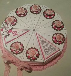 Cake Boxes, Favor Boxes, Cricut Cake, Paper Cake, Diy Box, 3d Projects, Favors, Paper Crafts, Christmas Tree