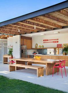 Todo lo que necesitás saber para tener un quincho perfecto | Para Ti Patio Pergola, Backyard Patio, Backyard Landscaping, Backyard Hammock, Outdoor Spaces, Outdoor Living, Outdoor Decor, Yard Design, House Design