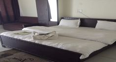 http://www.thegarhwaliinn.com/accommodation.html
