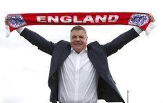 El seleccionador inglés cazado ofreciendo consejos para eludir reglas de la FA a cambio de 400.000 libras