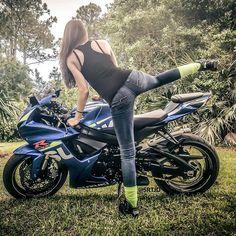 Biker girl on Suzuki GSXR