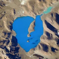 This lake North East of the #Himalayas appears to be the bluest place on Earth from @ISS. #YearInSpace #blue #earth #space #iss #lake from Astronaut Scott Kelly on the International Space Station https://instagram.com/p/3uOiDSgXqN/