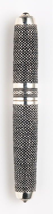 NAKAYA Chain mail fountain pen