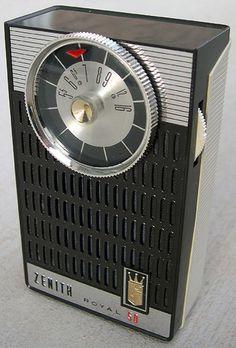 Zenith transistor radio - listened to the Beatles o . Lps, Phone Sounds, World Radio, Old School Radio, Pocket Radio, Receptor, Retro Radios, Antique Radio, Nostalgia