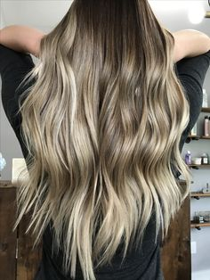 Cool toned summer celebrity inspired balayage sombre ombre natural looking soft seamless blend hair painting blonde bronde light medium long hair mermaid hair 2017 Nine Zero One Beauty coach East Amherst New York Buffalo specialty Hair Reformation by Natalie salon highlights lowlights dimension