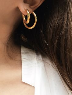Layering gold hoops