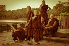 11 foton säger mer än tusen ord – följ med till Myanmar - Elin reser Bagan, Painting, Asia, Painting Art, Paintings, Paint, Draw