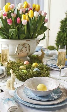 Easter Table Settings and Centerpieces | Holidays/ Easter and Spring ...