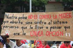 No es contra la mujer... sino contra el sistema