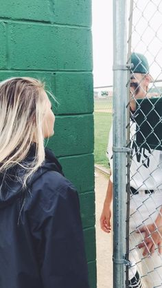 Romantic Relationship Goals All Couples Desire To Have; Relationship Go Baseball Couples, Sports Couples, Baseball Girlfriend, Girlfriend Goals, Boyfriend Goals, Baseball Mom, Boyfriend Girlfriend, Baseball Game Outfits, Baseball Clothes