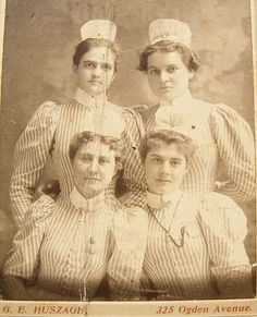 Vintage Nurses Photograph from 1898 - student nurses, striped uniform with apron-wearing caps without ribbons - Hospital School Post Capping- but no ribbon probably Yr 1 students.