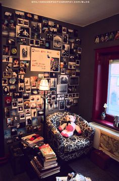 Cozy lighting and cozy memories decorating the wall (memories can be cozy, right?)