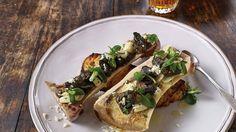Roasted bone marrow, snails, watercress and horseradish