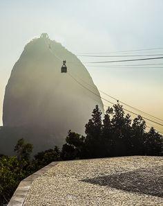 Zuckerhut, Rio de Janeiro, Brasilien. Foto: Felix Richter Medium Art, Louvre, Building, Travel, Rio De Janeiro, Pictures, Brazil, Social Media, Kunst
