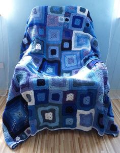 Crocheted blanket - could be fun in rainbow?