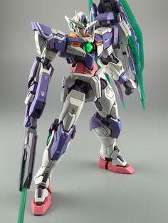 GUNDAM GUY: RG 1/100 00 Qan[T] - Painted Build